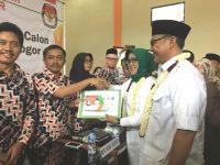 Paslon Bupati dan Wakil Bupati Bogor Hj. Ade Yasin dan H. Iwan Setiawan Daftarkan Diri Ke KPU Kabupaten Bogor