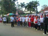 PPK Cibungbulang Sosialisasikan Pemilukada Dengan Gelar Acara Jalan Sehat