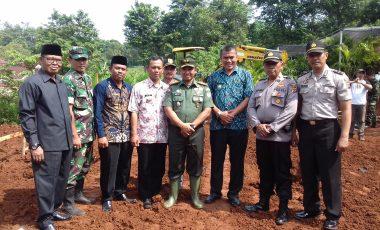 Peletakan Batu Pertama Pembangunan Kantor Koramil 2115/Kemang Oleh Dandim 0621/Kab. Bogor