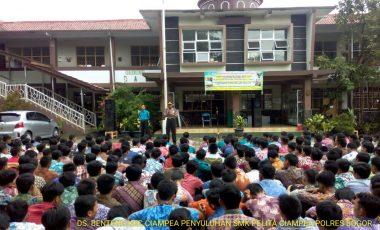 Kapolsek Ciampea Berikan Pembinaan dan Penyuluhan di Depan Para Pelajar SMP dan SMK