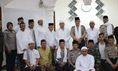 Sholat Shubuh Bersama Polisi di Masjid Jami Baitul Magfiroh Kota Bogor