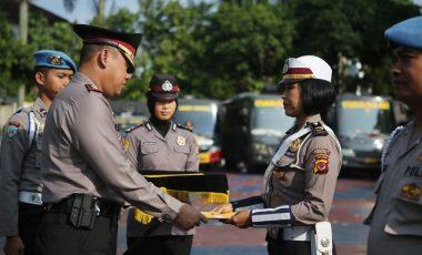 IPDA Estika Anopati Yanti, SH Menerima Penghargaan Dari Kapolres Bogor