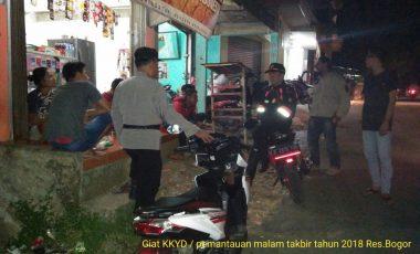Kapolsek Sukamakmur Pimpin Patroli Pengamanan Malam Takbir Bersama Tim Gabungan