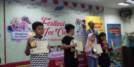 Naira Sabet Gelar Juara 2 di Ajang Festival Menghias Ice Cream dan Melukis Layang-layang Se-Bogor