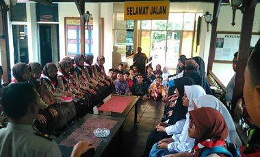 Kapolsek Ciawi Berikan Pembinaan Saka Bhayangkara Kwaran Ciawi