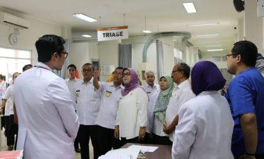 Hari Pertama Kerja, Bupati dan Wakil Bupati Bogor Lakukan Sidak di Beberapa OPD dan RSUD Cibinong