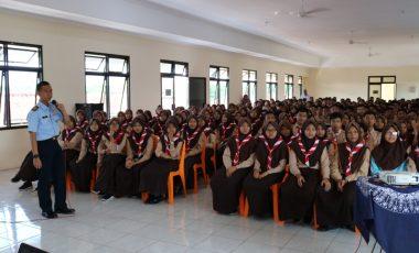 Lanud J.B. Soedirman Sosialisasikan Tentang Sekolah Unggulan SMA Pradita Dirgantara di Kalangan Pelajar