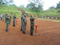 Tingkatkan Profesionalitas, Perwira Lanud Atang Sendjaja Adakan Latihan Menembak