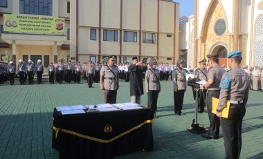 Kapolresta Bogor Kota Pimpin Upacara Sertijab Dua Pejabat Utama dan Satu Kapolsek