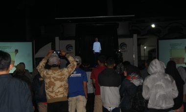 Sosialisasikan Capaian Kinerja, Presiden Jokowi Sapa Warga Kademangan Cianjur Pakai Hologram