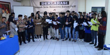 HUT ke 74 RI, Puluhan Mahasiswa se-Jabodetabek Deklarasikan Setia Terhadap NKRI di Gedung Juang '45