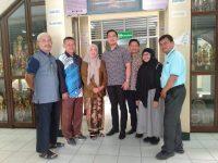 Kunjungi Sekolah-sekolah di Hari Guru Sedunia Bentuk Kepedulian Grand Mulya Hotel Bogor