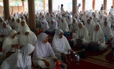 Acep Jamhuri Raih Dukungan Dampingi Cellica Nurrachadiana di Pilkada Karawang 2020
