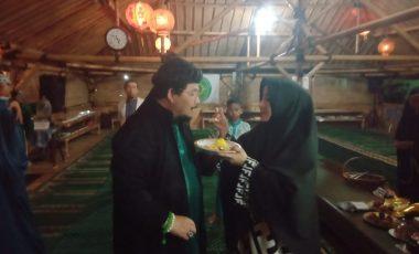 KH. Ryan Sukandar Milad ke-60, Pendiri Padepokan Welas Asih ini ajak Berbuka Puasa dengan Tumpeng Sederhana