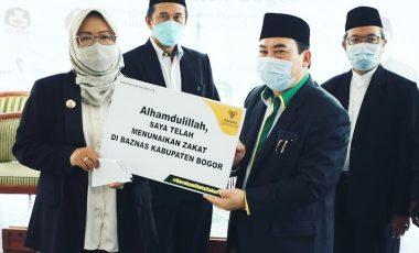 Bupati Bogor Himbau ASN, Pegawai BUMD hingga Perangkat Desa Bayar Zakat Lewat Baznas
