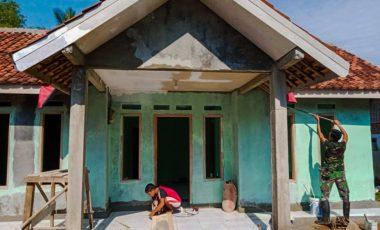 Kehadiran TMMD 109, Asa Mak Icong Miliki Rumah Tembok Berlantai Keramik Terwujud