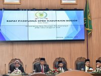 Ade Yasin Sampaikan RAPBD Tahun 2020 di Rapat Paripurna DPRD Kabupaten Bogor