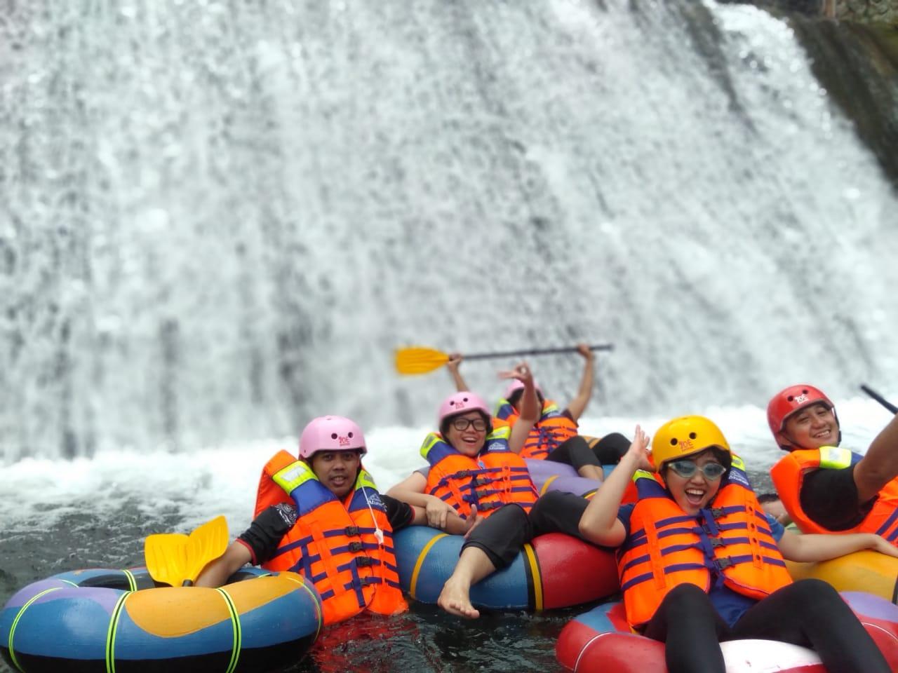 JP Water Tubing Wisata Air di Kaki Gunung Salak Pamijahan Bogor