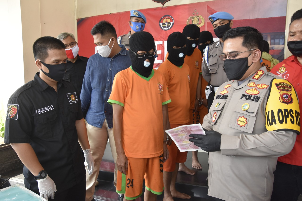 7 Pengedar dan Pembuat Upal Dibekuk Polisi